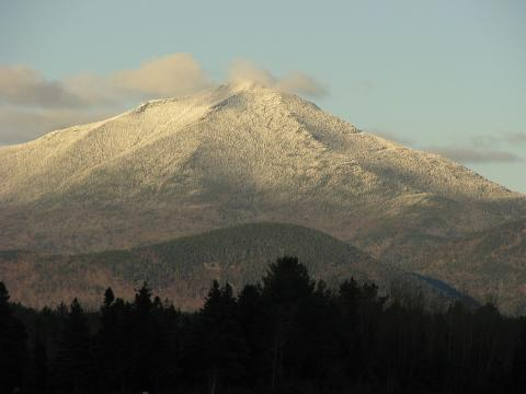Whiteface_Mountain_from_Lake_Placid_Airport.JPG